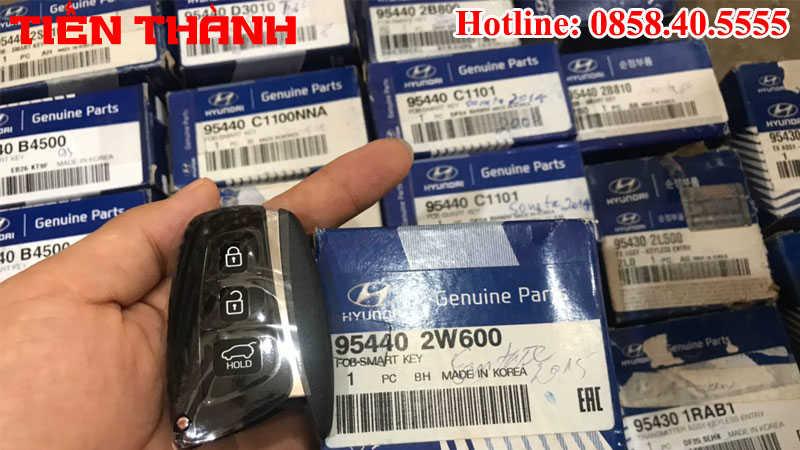 Chìa khóa xe Hyundai Santafe